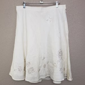 VINTAGE Raime Floral Embroidered A-line Skirt